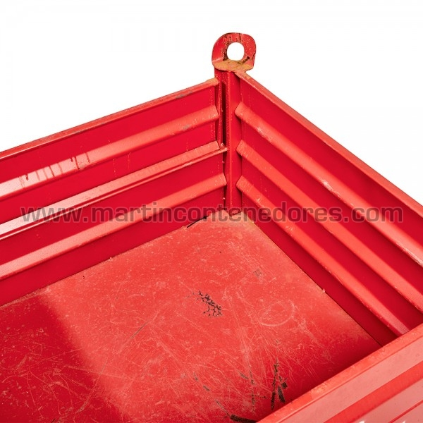 Contenedor color rojo con dos puertas