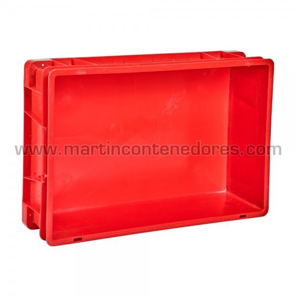 Caja plástica con agujeros de drenaje