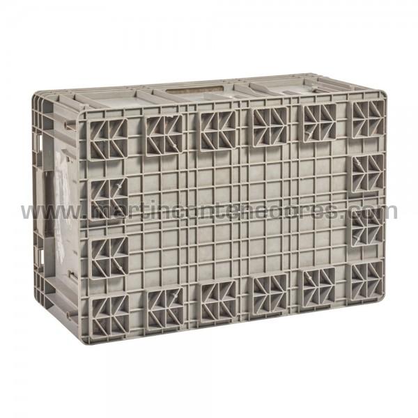 caja de plástico con asa cerrada