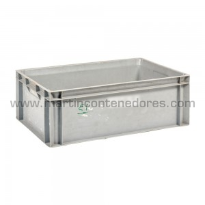 Plastic box 600x400x210 mm