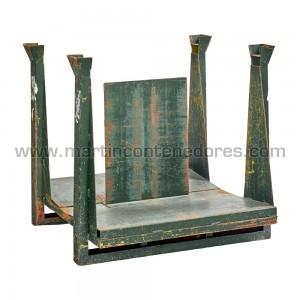 Palette métallique avec pieds