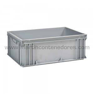Plastic box 600x400x220/204 mm
